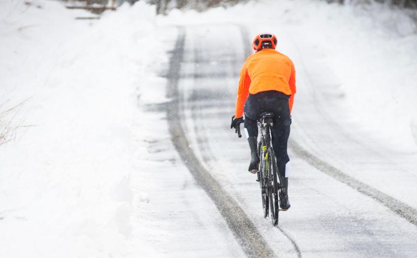 Ciclismo en invierno: Cómo vestirse adecuadamente
